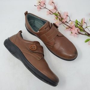 Ecco Brown Leather Walking Shoes sz 9.5 (41)